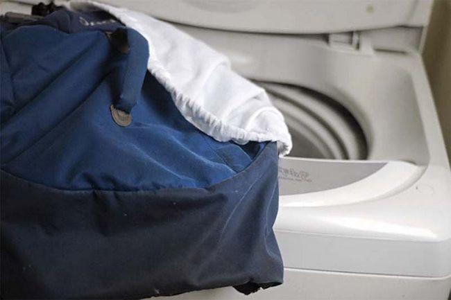 Як правильно прати рюкзак, нюанси вибору побутової хімії
