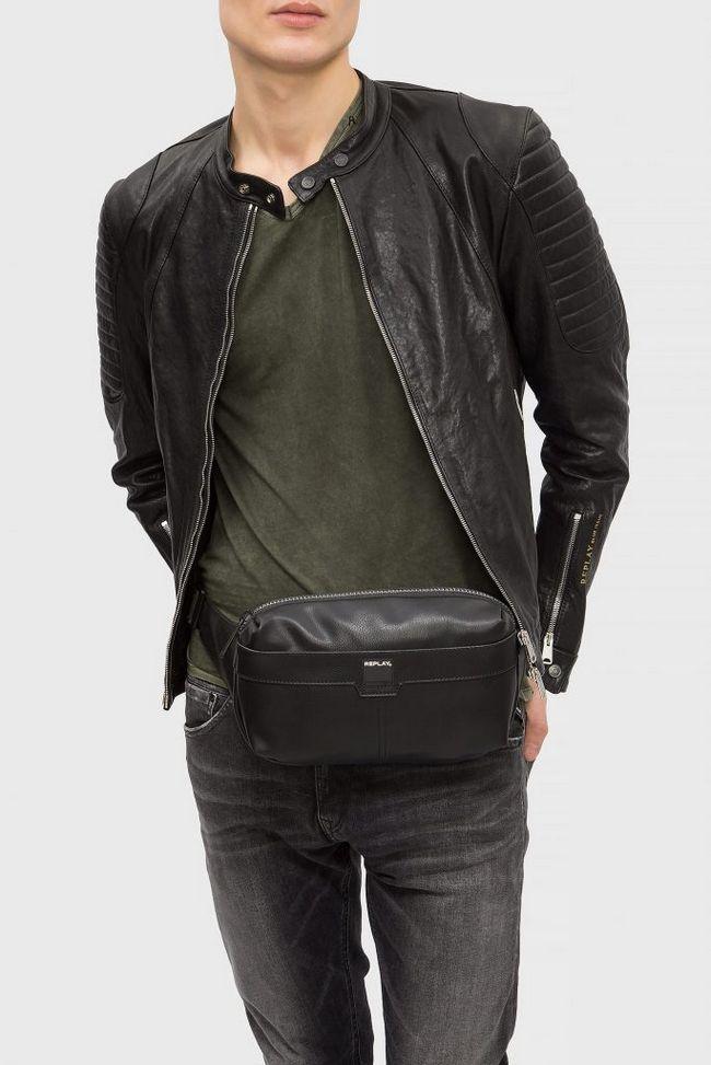 З яким одягом чоловіки носять поясний сумку, види бельтбегов