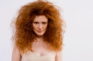 Маски для волосся проти пухнастості - види і рецепти
